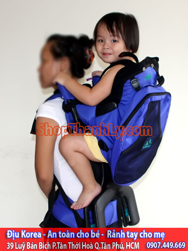 682 Evenflo Trailtech Baby Carrier Blue